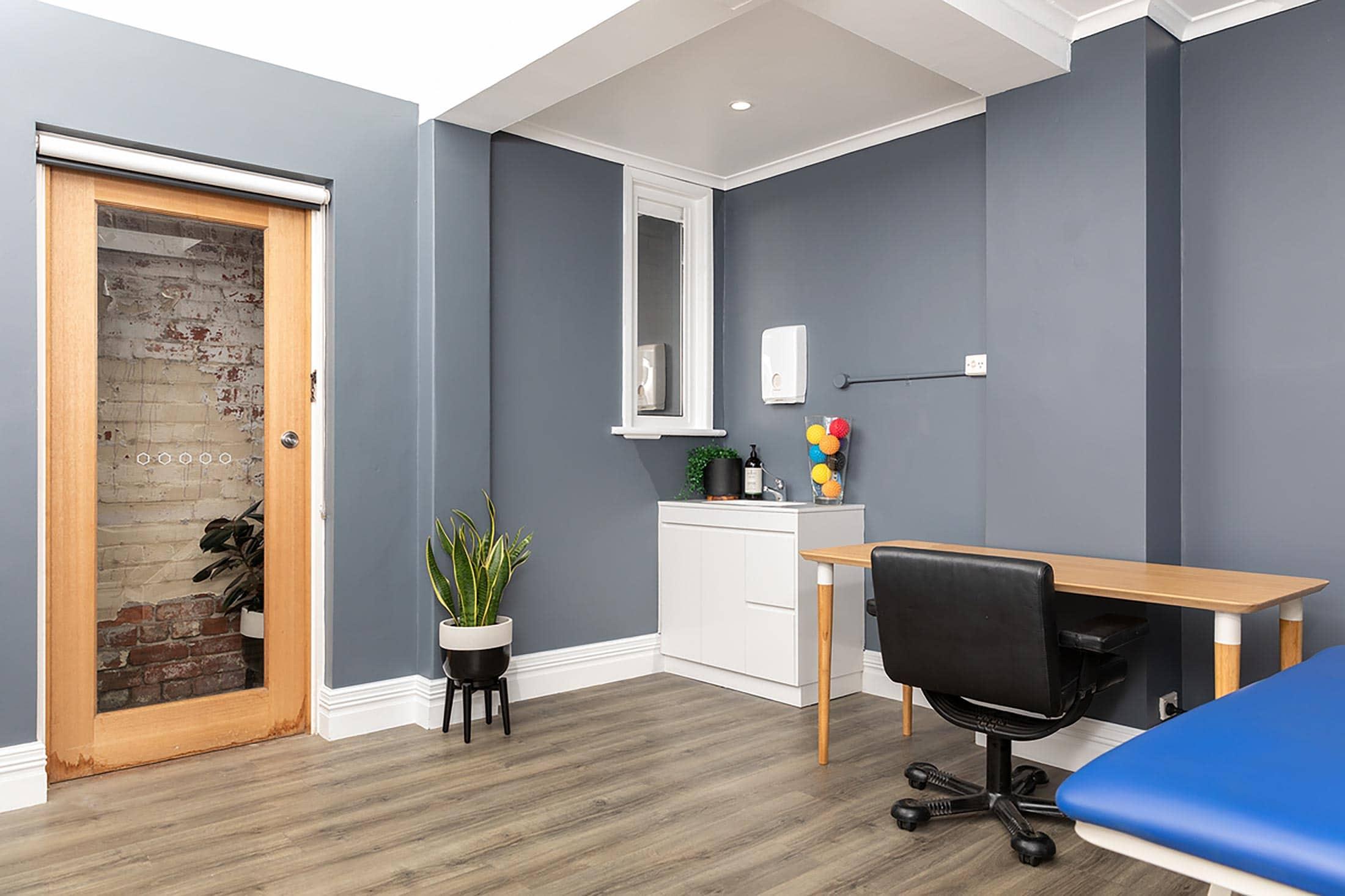 Nicholson Health Chiro Room